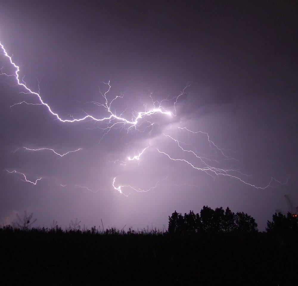 lightning-342341_1280
